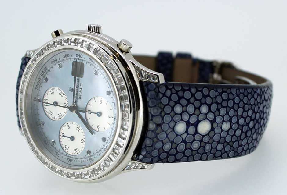 Stingray Leather Watch Strap close up pearl pattern