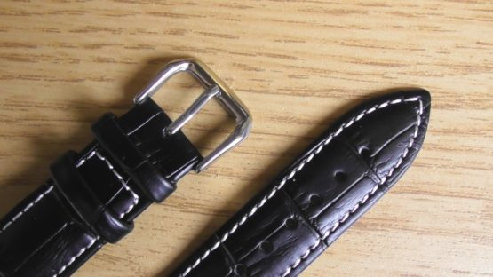 birtinya australia leather watch strap closeup