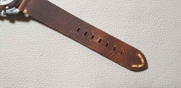 cooroy one piece leather strap rear