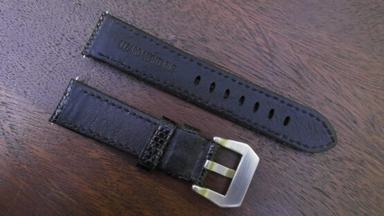 rear view of beerwah lizard leather strap