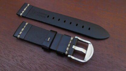 Kiamba black leather rear shwoing genuine leather mark